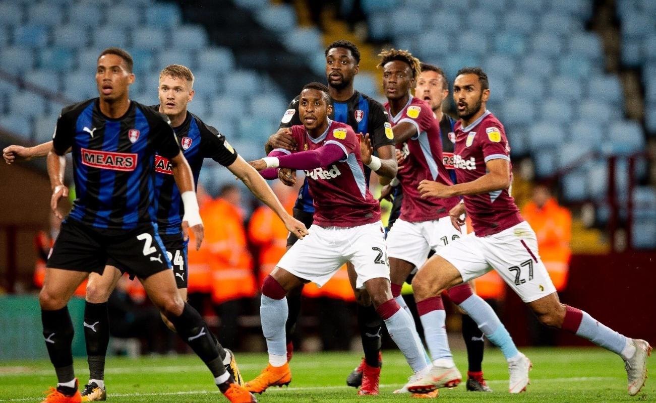 Aston Villa 4-4-2