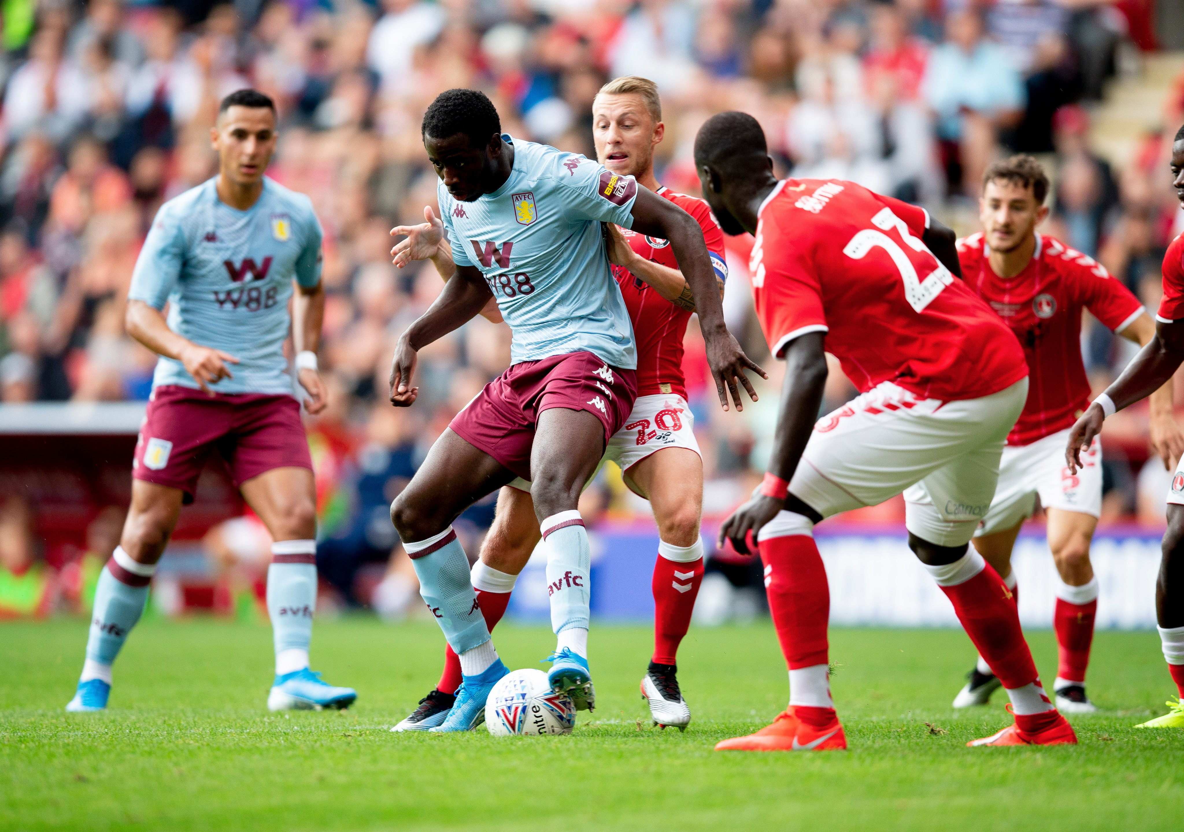 Keinan Davis Aston Villa Charlton Under A Gaslit Lamp